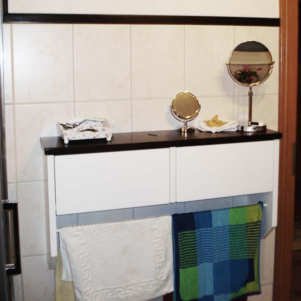badezimmerschrank_2