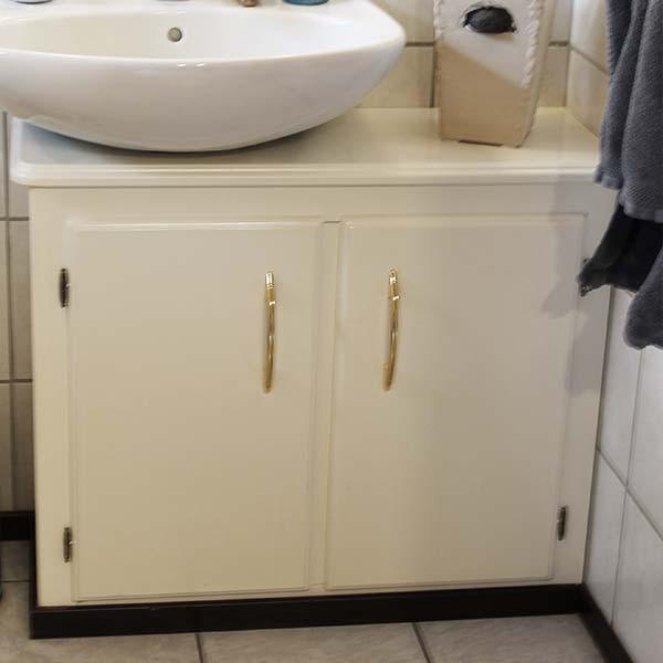 badezimmerschrank_4